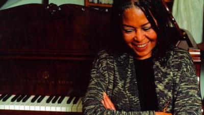 LEARN TO SING JAZZ, online jazz vocal course, learn to sing jazz, how to, lessons, voice, jazz voice, program, JAZZ SINGERS ACADEMY, Ilse Huizinga
